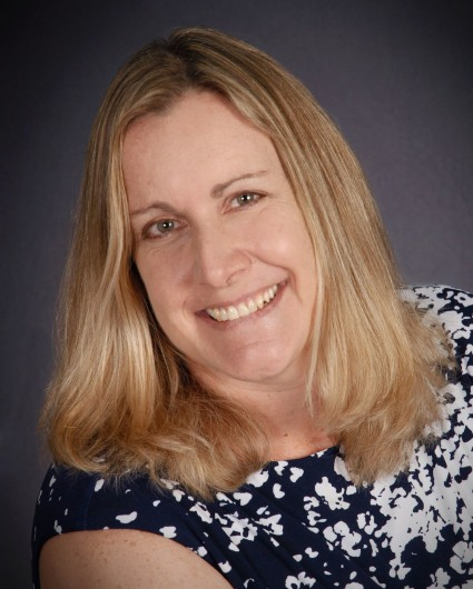 Denise Swanson Bio Headshot